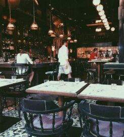 Weslodge Bar & Grill
