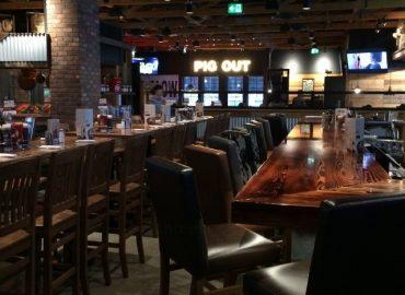 Montana's BBQ & Bar – Cochrane